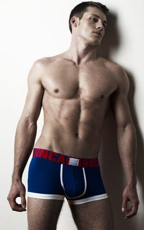 ashton kutcher calvin klein model. Calvin Klein#39;s 9 Countries