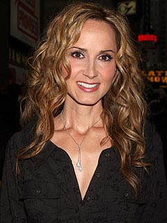 Chely-wright-240