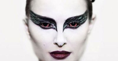 Black-Swan-natalie-portman-mask-black-swan-600x3024