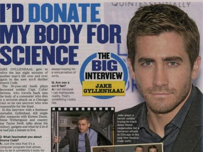 Posted at 01:00 AM in GLOBE MAGAZINE, JAKE GYLLENHAAL, MAGAZINES | Permalink ...