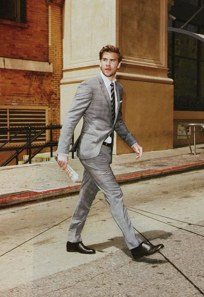 Liam Hemsworth suit