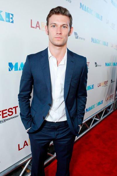 Alex pettyfer 146978517EC087_Warner_Bros_