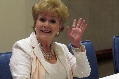 Debbie Reynolds hi