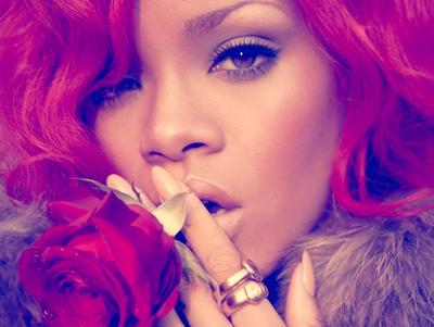 Rihanna+Digital+Booklet++Loud++PNG